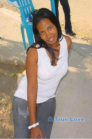 Dominican Republic women dating: chat with pretty
